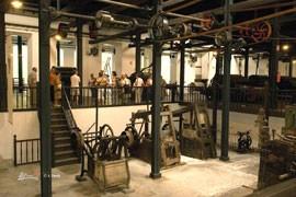 """Balmaseda: Fábrica de boinas """"La Encartada"""""""